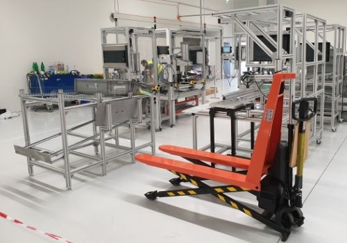 Automatic and semi-automatic production lines